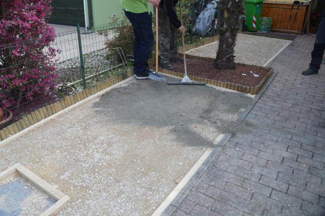 Posa su terreno bonfante giardini vendita - Posa pavimento esterno su sabbia ...